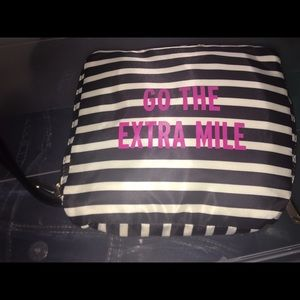 Used one time Kate Spade go the extra mile bag